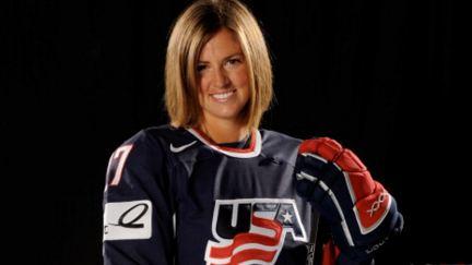 Athlète olympique d'hiver raconte pourquoi elle a patins